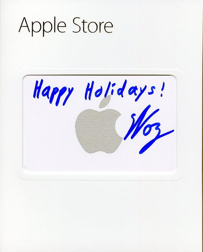 Happy Holidays! $20 Apple Store Gift Card